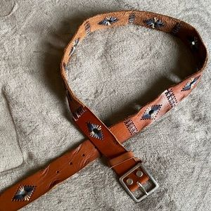 Lucky Brand brown leather belt w/stitching accents